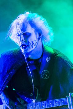 John 5 of Rob Zombie by JaredWingate on DeviantArt John 5 Guitarist, Rob Zombie, Marilyn Manson, Heavy Metal Bands, My Music, Devil, Joker, Deviantart, Rock