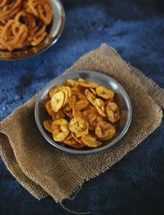 Appetiser Recipes, Easy Appetizer Recipes, Snack Recipes, Snacks, Vegan Gluten Free, Vegan Vegetarian, Banana Chips, Chips Recipe, Homemade