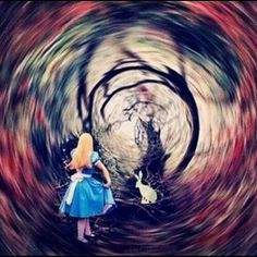 Find images and videos about rabbit, wonderland and alice on We Heart It - the app to get lost in what you love. Alice In Wonderland Artwork, Disney Kunst, Disney Art, Psychedelic Art, Chesire Cat, Alice Madness, Were All Mad Here, Through The Looking Glass, Mad Hatter Tea