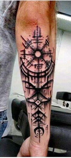 Viking Compass Tattoo, Viking Tattoo Symbol, Celtic Knot Tattoo, Rune Tattoo, Norse Tattoo, Viking Tattoos For Men, Arm Tattoos For Guys, Life Tattoos, Body Art Tattoos