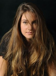 Your best HQ Celebrity Pictures Source. Here you will find Hot Celebrity Pictures, Movie HQ Stills, Couples Pictures Victoria's Secret Model HQ Pictures, Disney HQ Pictures and more. Shailene Woodley, Beautiful Actresses, Hot Actresses, Celebrity Pictures, Most Beautiful Women, Pretty People, Celebs, Young Celebrities, Hollywood
