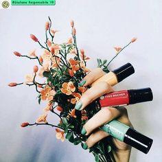 #SMALTO #EffettoGEL    Vuoi un Effetto GEL  Impeccabile!!  #Unghie #Levigate e #Brillanti fino a 10 Giorni. #Manicure #Nails #Trend #NailArt #yvesrocheritalia #beautypromoter #bellezza #natura #lavoraconme #prodottinaturali #giulianaresponsabileyr
