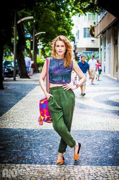 RIOetc | Rio x NY x Índia  Calça verde musgo + cropped