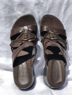 761c5d188436 Ladies Bare Traps Olinda Sandal Shoes Chocolate Brown Slide-on Wedge Heel Size  8