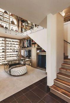 14 Walk In Closet Designs For Luxury Homes Walk In Closet Design, Closet Designs, Dream Closets, Dream Rooms, Luxury Closet, Luxury Wardrobe, Rustic Contemporary, Staircase Contemporary, Rustic Interiors