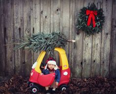 Christmas Pictures Family With Toddler - Christmas Toddler Boy Pictures, Toddler Christmas Pictures, Fall Baby Pictures, Xmas Photos, Family Christmas Pictures, Xmas Pictures, Christmas Photo Cards, Christmas Baby, Infant Pictures