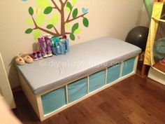 Ikea Hack: Expedit - changing table
