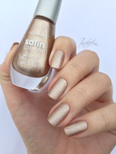 Satin Glam Sally Hansen Go Gold