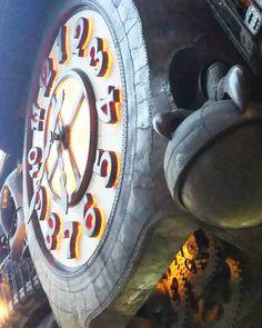 ジブリなんだ癒される(無条件) /design by hayao miyazaki #何故なの #親しみ #癒し #宮崎駿 #スタジオジブリ #ジブリ #鍛金 #デザイン #汐留 #日テレ #raising #trick #hammering #forge #instamood #cool #big #automaton #clock #machine #mechanism #robot #awesome #studioghibli #studio #hayaomiyazaki #design #ghibli #tokyo #japan by kokontozal
