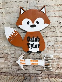 Fantastic baby arrival detail are readily available on our web pages. Check it out and you will not be sorry you did. Hospital Door Hangers, Baby Door Hangers, Fuchs Baby, Baby Boy Wreath, Fox Nursery, Nursery Decor, Birth Announcement Boy, Shops, Woodland Baby