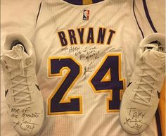 Kobe Bryant gifted an autographed jersey and pair of Nike Kobe to Alexander  Ovechkin at the Lakers game last night. ce8387f1a