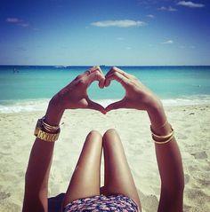beach love .