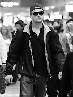 !!!!!!!!!!!!!!!!!!!!!!!! <3 Leonardo Dicaprio, Latest Celebrity Gossip, Mother Daughter Quotes, Leo Love, Young Old, Dress Indian Style, Hollywood Actor, Best Actor, Worlds Of Fun