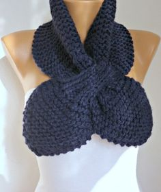 ON SALE - Navy Blue Knit scarf 50s style retro  scarflette gypsy bow neck warmer knitted  scarlet  - fatwoman
