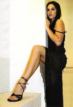 http://pics.wikifeet.com/Cristina-Scabbia-Feet-460064.jpg