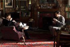 大人気海外ドラマ「SHERLOCK」シャーロックのリビングには、あの有名なデザイナーズ家具に、ガイコツの置物など気になるものがたくさん!こんにちは。インテリアコーディネーターの小野まどかです^^ 前回から、海外ドラマ「SHERLOCK」の部
