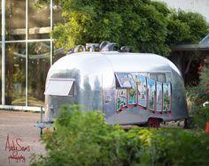 Austin Wedding Venue | Barr Mansion | Andy Sams Photography | Air Stream Photo Booth | Posey | Live Oak DJ