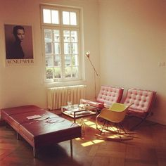 Acne Magazine Office in Berlin / photo by Freunde von Freunden Pink Barcelona chair! Living Room Inspiration, Interior Inspiration, Interior Ideas, Home Living Room, Living Spaces, Interior Architecture, Interior And Exterior, Sweet Home, Workspace Design