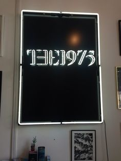 THE 1975 WALL LIGHT on The Hunt