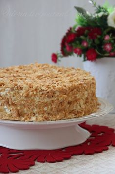 "Cake ""Chisel Chopper""- Торт "" Стёпка растрёпка"" I don't know about you, but if I … - Russian Cakes, Russian Desserts, Russian Recipes, Sweet Recipes, Cake Recipes, Snack Recipes, Dessert Recipes, Food Cakes, Cupcake Cakes"