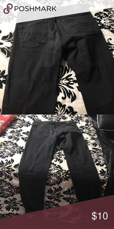 American Eagle Black Jeans American eagle black jeans. Slightly faded but good condition American Eagle Outfitters Jeans Skinny