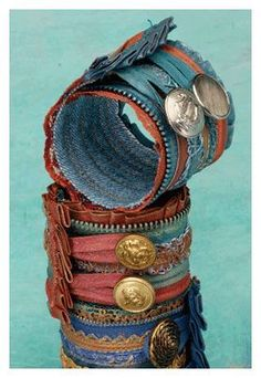 Make Art to Wear: 4 Free Tutorials for Wearable Art - Cloth Paper Scissors - Art cuffs with ruffles zippers by Mandy Russell - Denim Bracelet, Fabric Bracelets, Cuff Bracelets, Jewelry Crafts, Jewelry Art, Fashion Jewelry, Jewelry Design, Jewellery, Jewelry Ideas