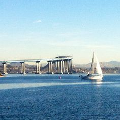A trip to #SanDiego isn't complete without a visit to Coronado Island!