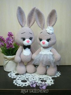 Bunny Crochet, Crochet Mignon, Easter Crochet, Cute Crochet, Crochet Animals, Crochet Patterns Amigurumi, Amigurumi Doll, Crochet Dolls, Tutorial Amigurumi