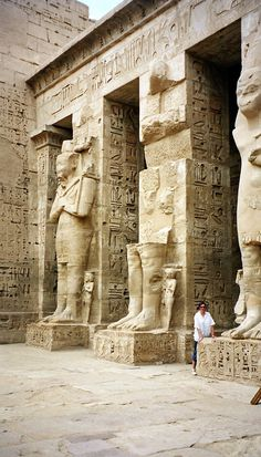 egyptian ruins | travel destinations in africa #wanderlust