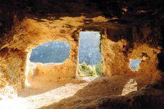 Abitazioni rupestri dei villaggi di San Micidiario e di San Nicolicchio…