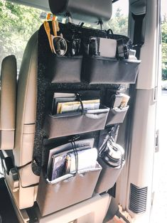 Van Life Storage The RYGG is made in Munich by hand. A small team creates this unique and variable organizer for your adventures on the road. Van Life should be about enjoying precious nature, the like-minded people you meet on the way and not about the Ford Nugget, Astuces Camping-car, Van Vw, Kangoo Camper, T6 California, Bus Interior, Interior Ideas, Kombi Home, Van Home