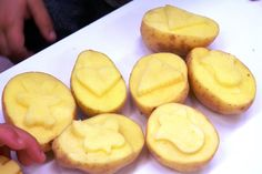 bramborová razítka Peach, Fruit, Food, Essen, Peaches, Meals, Yemek, Eten