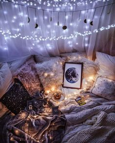 Time for a dreamy giveaway Ive teamed up with to give away some of my DreamyMoons pieces to add some magic to your space Boho Bedroom Add Dreamy DreamyMoons Give GIVEAWAY Ive magic pieces Space taramilktea teamed time Cute Bedroom Ideas, Cute Room Decor, Room Ideas Bedroom, Bedroom Decor, Girls Bedroom, Galaxy Bedroom Ideas, Night Bedroom, Budget Bedroom, Bedroom Inspo