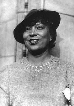Zora Neale Hurston (7 janvier 1891 – 28 janvier 1960) était une écrivaine d'origine afro-américaine qui participa au mouvement de la Renaissance de Harlem, notamment avec son roman Their Eyes Were Watching God (traduit en français sous le titre Une femme noire).