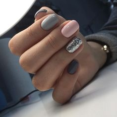 """If you're unfamiliar with nail trends and you hear the words """"coffin nails,"""" what comes to mind? It's not nails with coffins drawn on them. It's long nails with a square tip, and the look has. Gorgeous Nails, Love Nails, My Nails, No Chip Nails, Style Nails, Beautiful Gorgeous, Nagel Stamping, Nail Swag, Super Nails"""