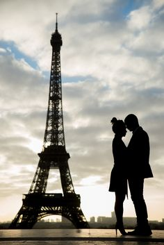 Perfect silhouette shot in the most romantic engagement photo session in front…