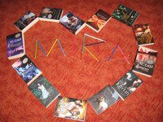 Mein kleines MIRA-Universum ♥ Liebe Grüße von Conny (Rezischreiberin bei www.buecher-fans.blogspot.com) und DANKE für all die schönen Bücher die immer regelmäßig erscheinen ♥