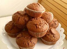 Äärettömän helppo muffini ohje, jossa kaikki aineet vain sekoitetaan keskemään. Finnish Recipes, Cake Day, Something Sweet, No Bake Cake, Food Pictures, Sweet Tooth, Deserts, Good Food, Easy Meals