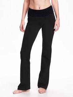 Slim Boot-Cut Yoga Pants  petite medium black