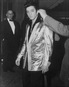 Elvis wore the full gold suit for the first time earlier in 1957 at a gig in Chicago, but as 1957 continued, he began only wearing pieces of the gold suit instead of the full ensemble. The pieces allowed Elvis to shine onstage but still maintain a more conservative look.