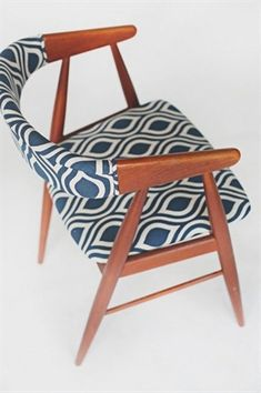 Up-to-date Dining Chairs to match your ?tradition? and spending limit. DIY Chairs. #furniture #diningchair #accentchair #decor #diningtable #diningroom #chair. Mid Century Danish Modern Dining Accent Chairs blue geometric upholstered top view Source: http://roomfu.com/tag/dining/