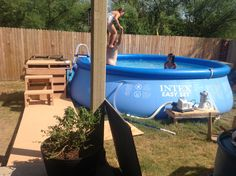 1000 images about pool on pinterest decks pallets and for Above ground pool decks made from pallets