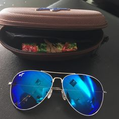 MAUI JIM Polarized Maverick Aviator Sunglasses NWT MAUI JIM POLARIZED Maverick Reflective Aviator Sunglasses! Unisex. Brand new, never worn, still in plastic. Reflective blue lens, silver frame. Specs in last picture are from MJ website. 100 percent authentic! Comes with case and cleaning cloth. ☀️ Maui Jim Accessories Sunglasses
