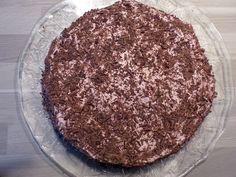 """Gâteau """"Merveilleux"""" à la framboise (meringue et crème au mascarpone et à la framboise)"""