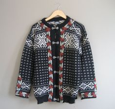 vintage Norwegian Knit Sweater / Dale of Norway  #vintage #vintagesweater #daleofnorway