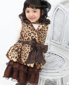 Kidsocial - brown coat with ribbon