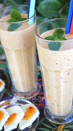 Orange Smoothie, Low Carb Smoothies, Carrots, Banana, Carrot, Bananas, Fanny Pack