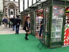 Holiday Markets in New York City: The Holiday Shops at Bryant Park