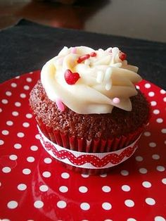 Red Velvet Cupcakes Adapted from Martha Stewart Cupcakes Makes 24 cupcakes
