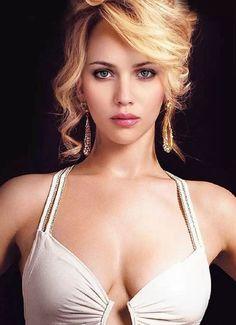 Scarlett Johansson and Jennifer Lawrence.